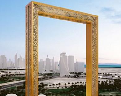 """Dubai xây """"khung ảnh"""" mạ vàng cao bằng nhà 50 tầng"""