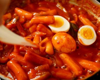 Cùng vào bếp làm món Tteokbokki cay nồng đậm vị