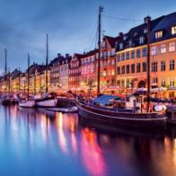 Đã mặt với 20 thành phố lòe loẹt nhất thế giới