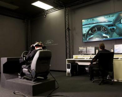 """Công nghệ VR giúp """"lái thử"""" trước khi mua"""