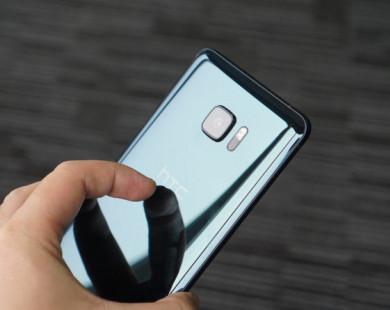 Smartphone HTC giảm giá 2 lần