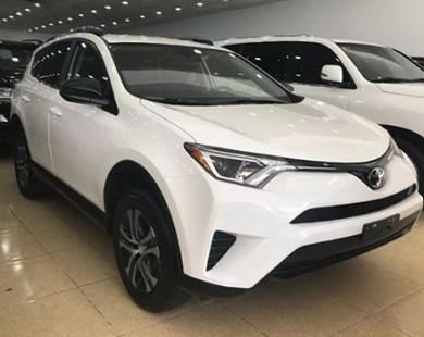 Toyota RAV4 2017 về Việt Nam giá 2 tỷ đồng