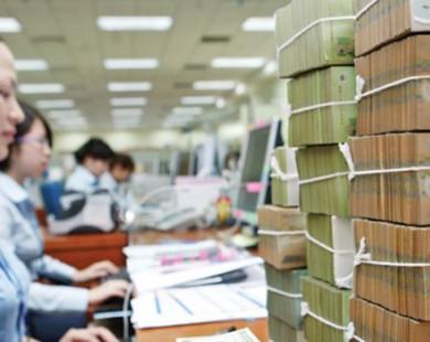 HSBC: Mục tiêu tăng trưởng tín dụng 21% có thể đạt được, nhưng nhiều rủi ro đi kèm