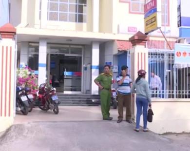 Truy tìm đối tượng bịt mặt cướp Ngân hàng ở Vĩnh Long